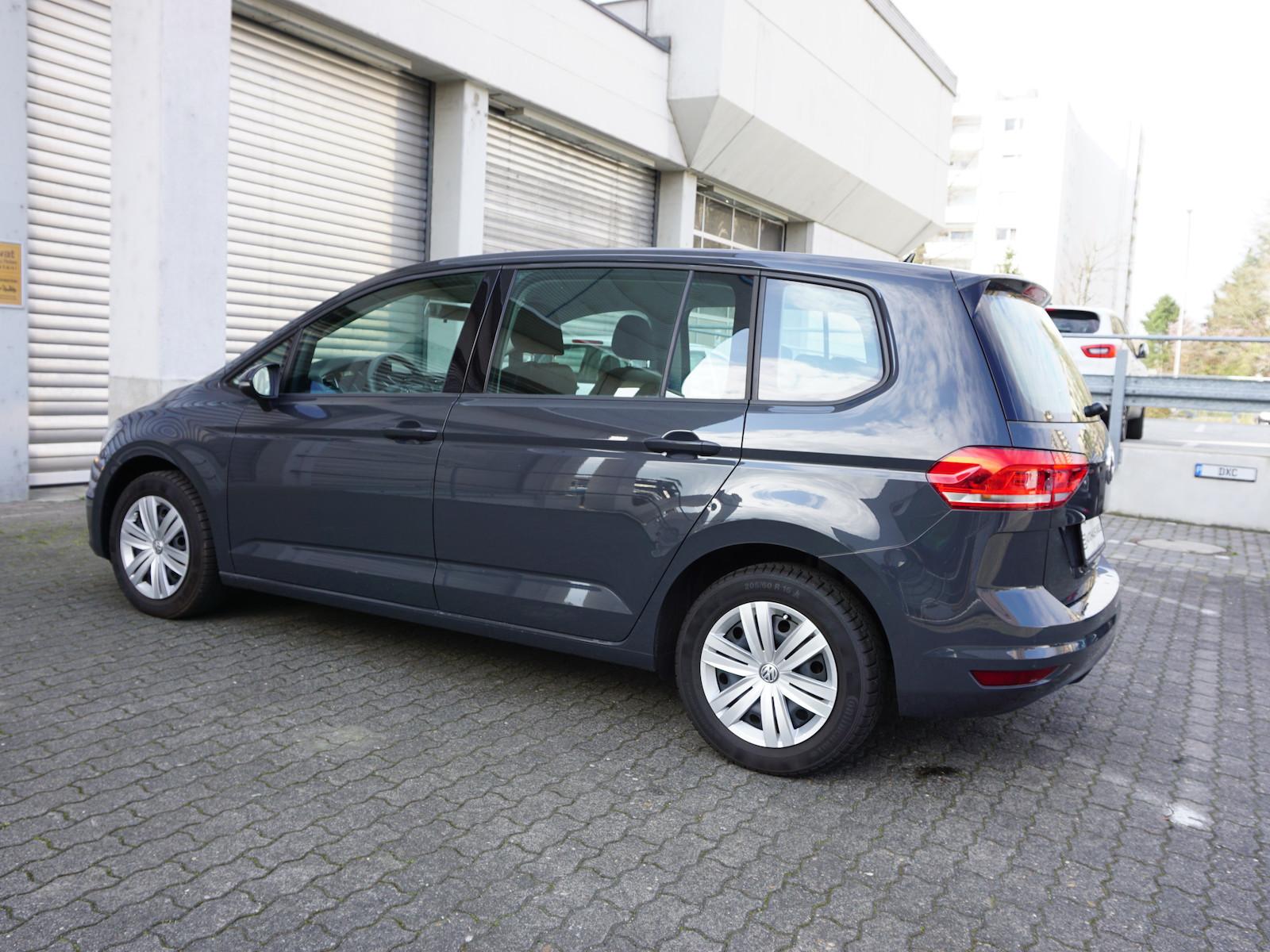 VW_Touran__10