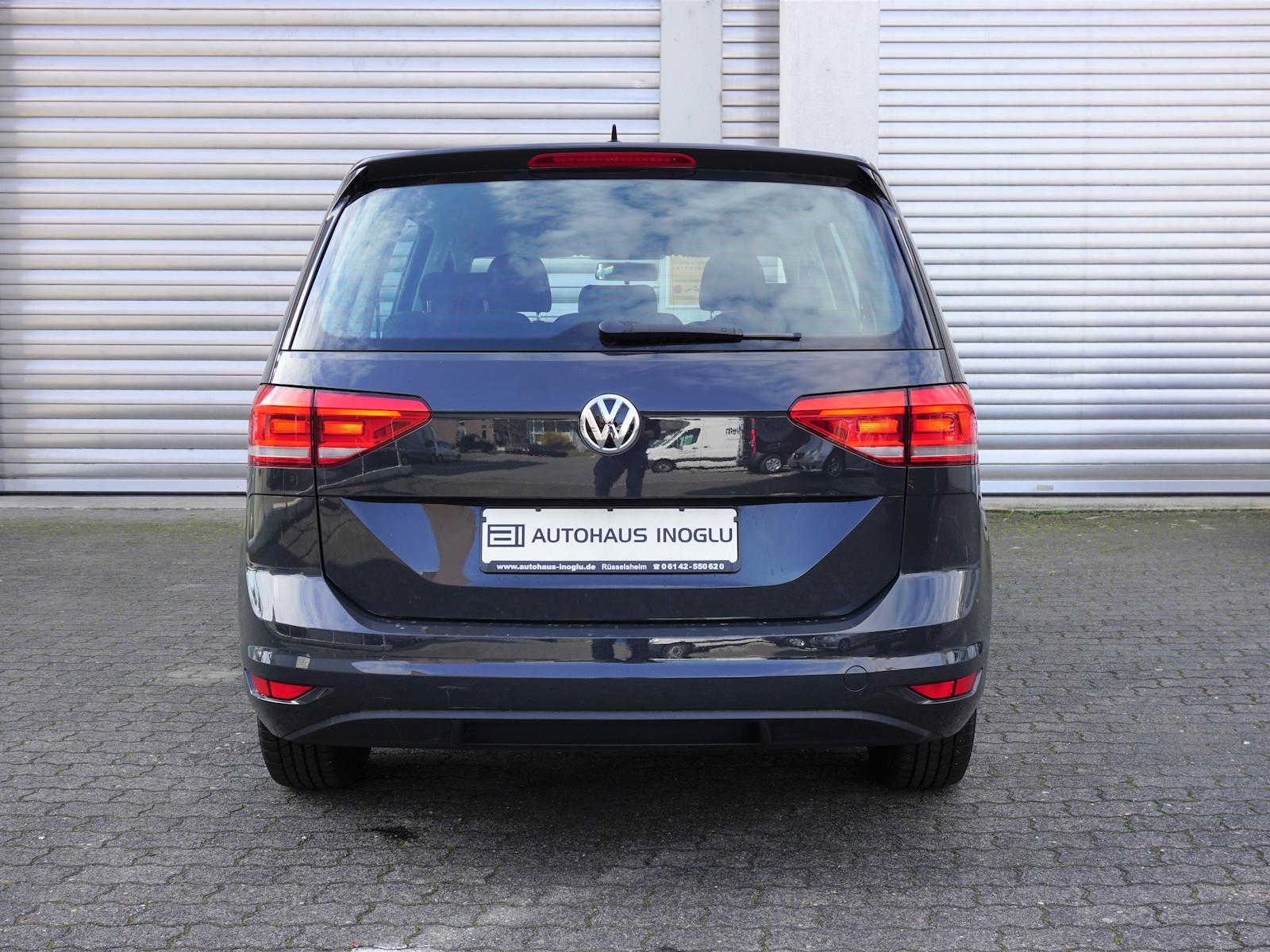 VW_Touran__5