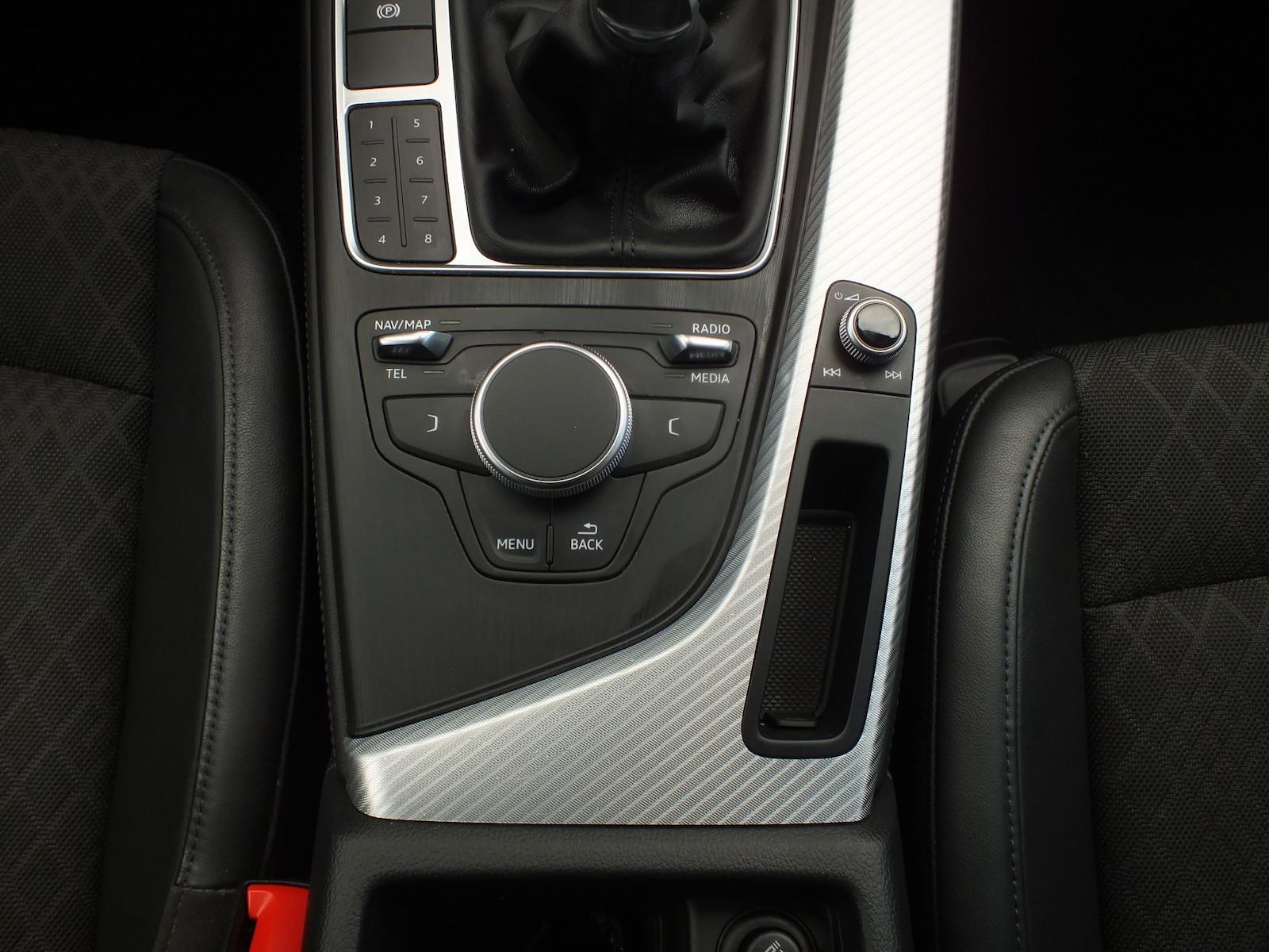 Audi_A4__11