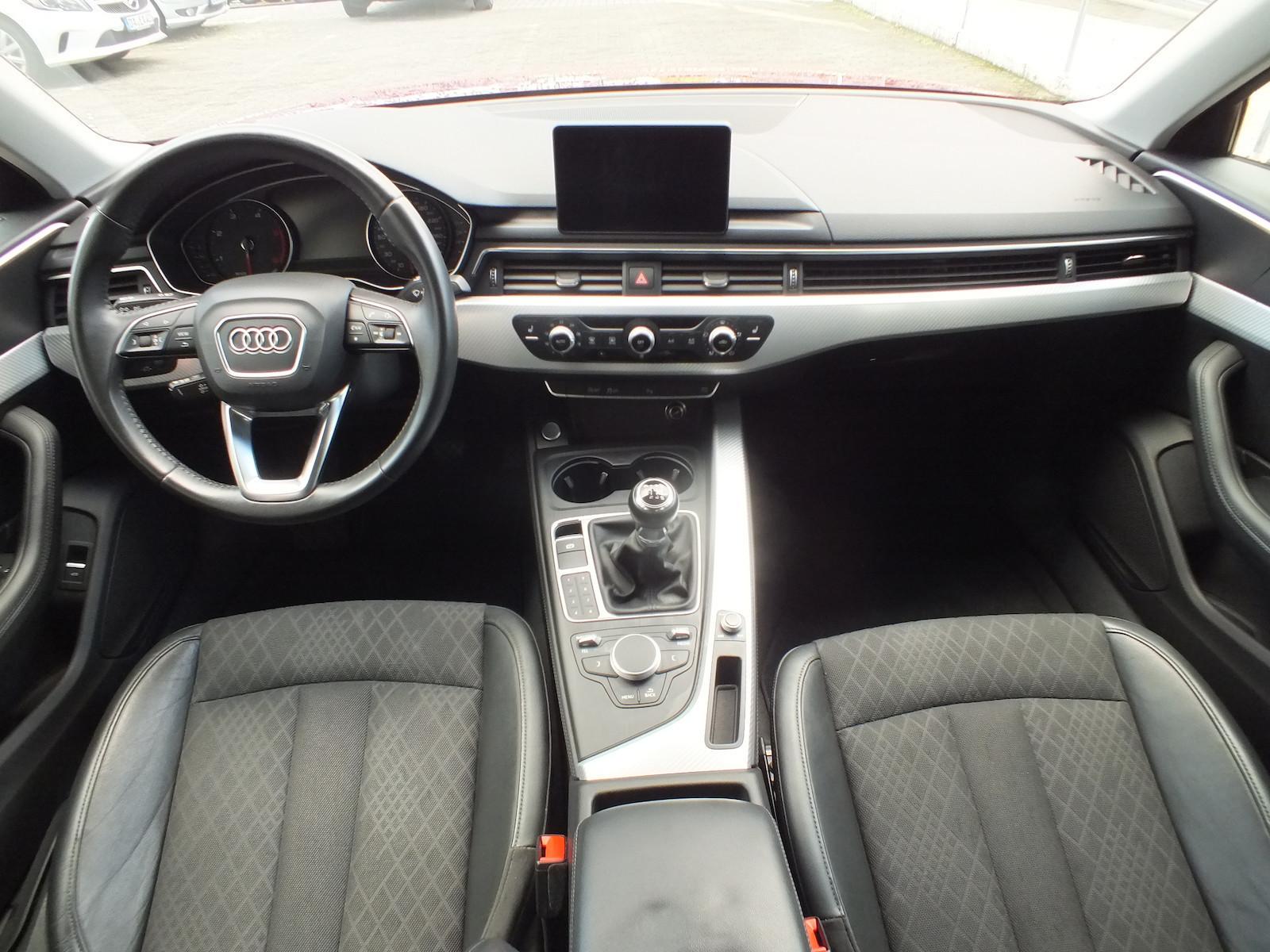 Audi_A4__3