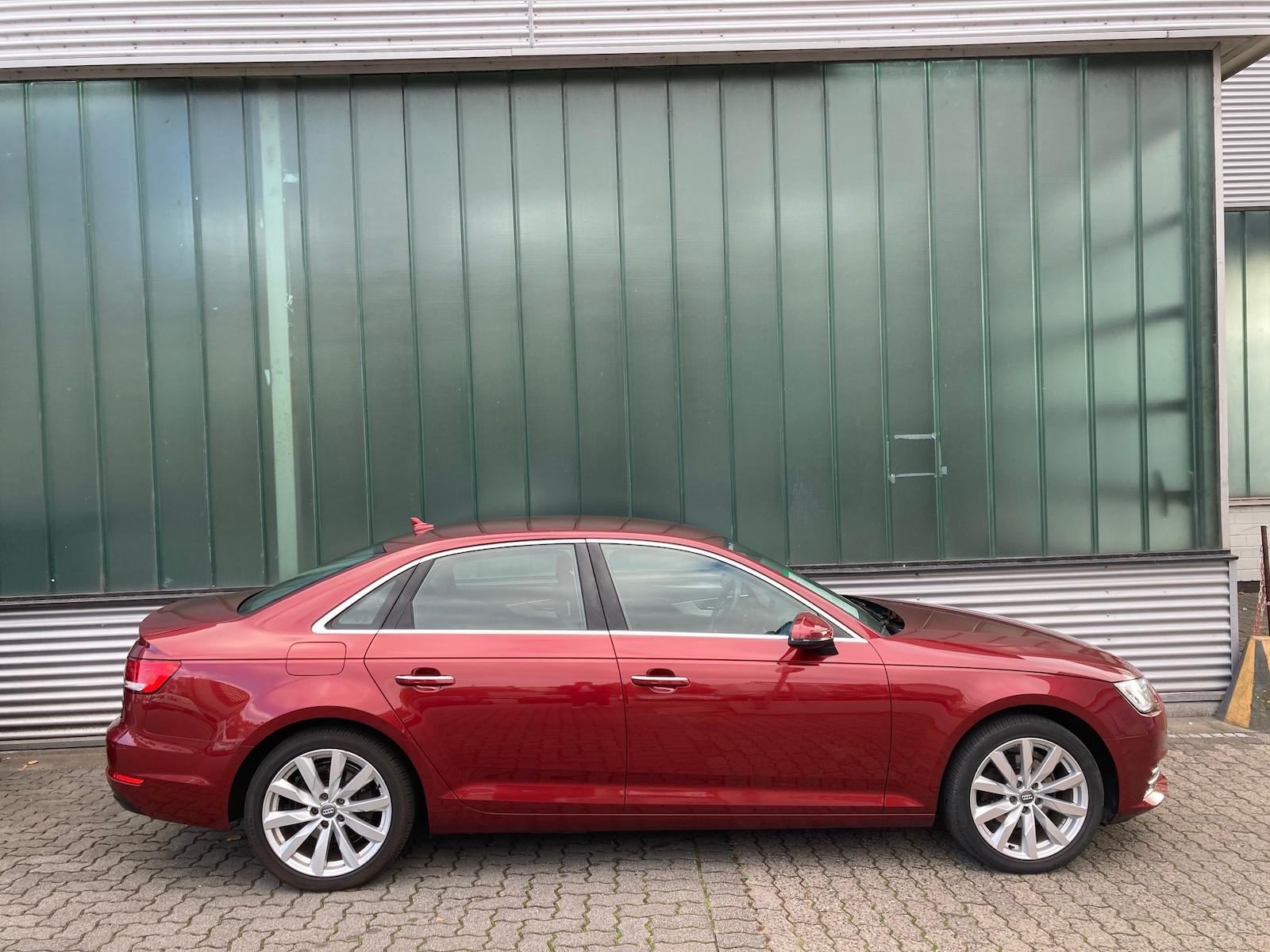 Audi_A4__4