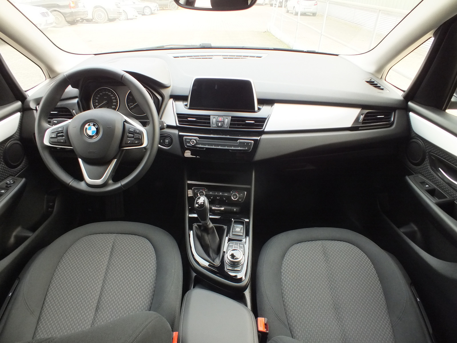 BMW_216ActiveTourer__8