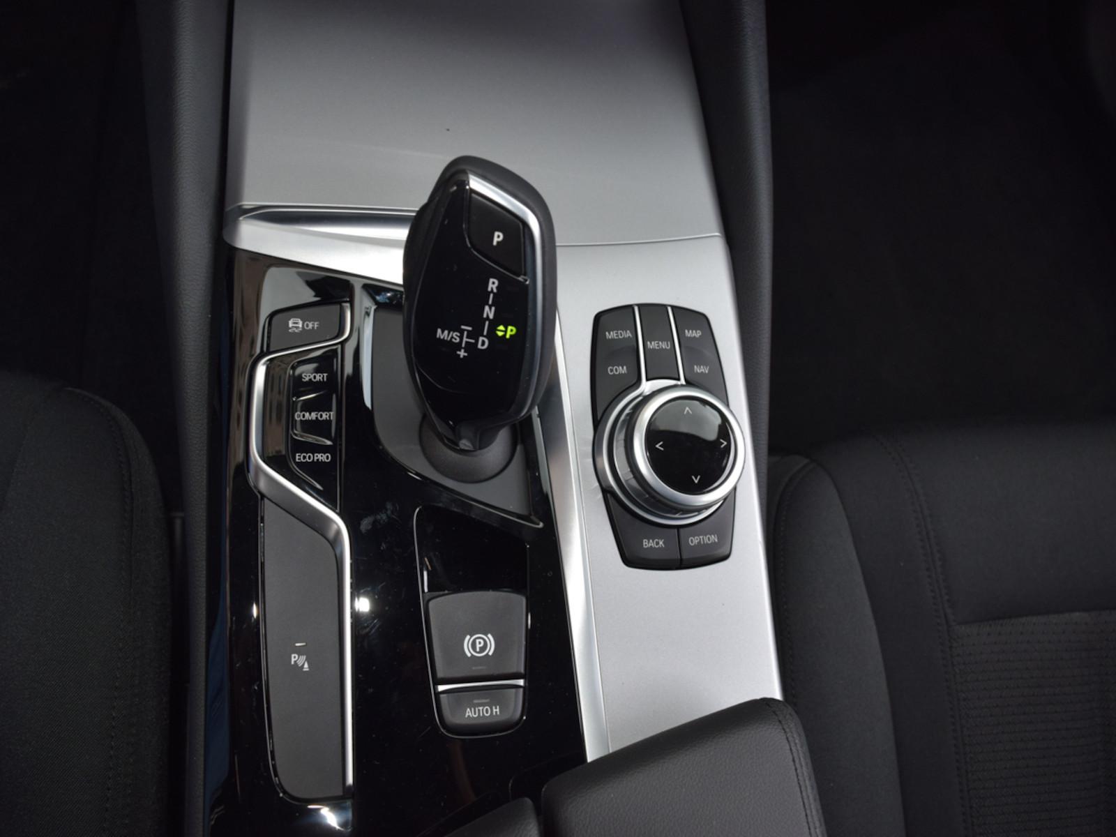 BMW_530__30