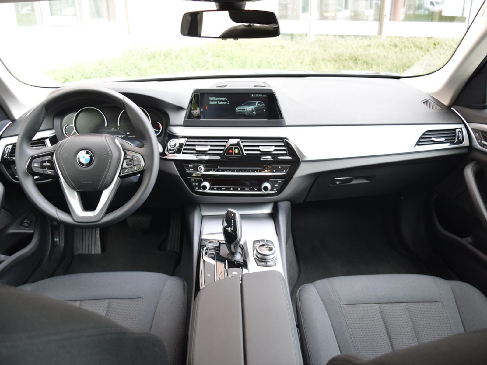 BMW_530__8